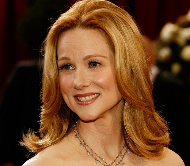 HOLLYWOOD - FEBRUARY 24:  Actress Laura Linney arrives at the 80th Annual Academy Awards held at the Kodak Theatre on February 24, 2008 in Hollywood, California.  (Photo by Vince Bucci/Getty Images)